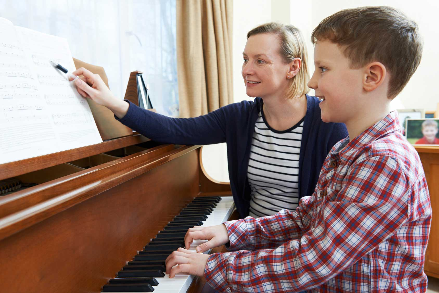 How Long Does It Take To Learn to Play Piano? - THE ONE ...